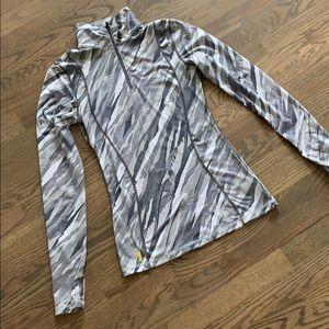 EUC Lole 1/4 zip long sleeve